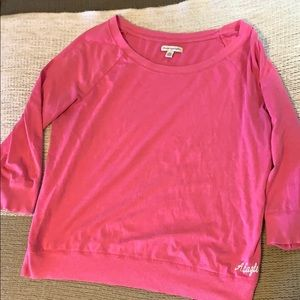American eagle three quarter length top
